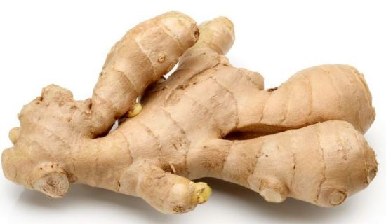Ginger This little super food for the skin helps keep you looking young and healthy in several ways. It is very high in antioxidants. It also has antibacterial qualities that can help prevent or reduce age spots. It also helps your liver filter toxins out of your system. This contributes to healthier skin and improved skin function. You can get more ginger by using it in smoothies, soups and refreshing drinks!