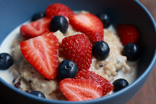 Berry Delicious Oatmeal This one is really easy. Just top your oatmeal with your favorite berries or mix of berries. Strawberry and bluberries are perfect!