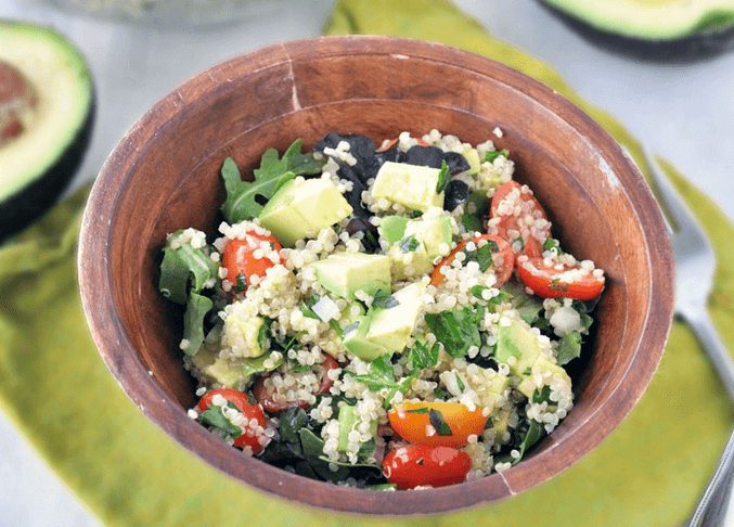 Quinoa Salad with Avocado If you're looking for a nutritious vegan avocado dish, you might want to try to have quinoa salad with avocado and other superfood ingredients like mango, baby spinach, black beans and cucumber. Lime juice adds great fruity flavor to this tasty recipe while a few red pepper flakes would be fine if you prefer it to be served a bit hot and spicy. You may choose to add some greens such as arugula (rocket) as well.