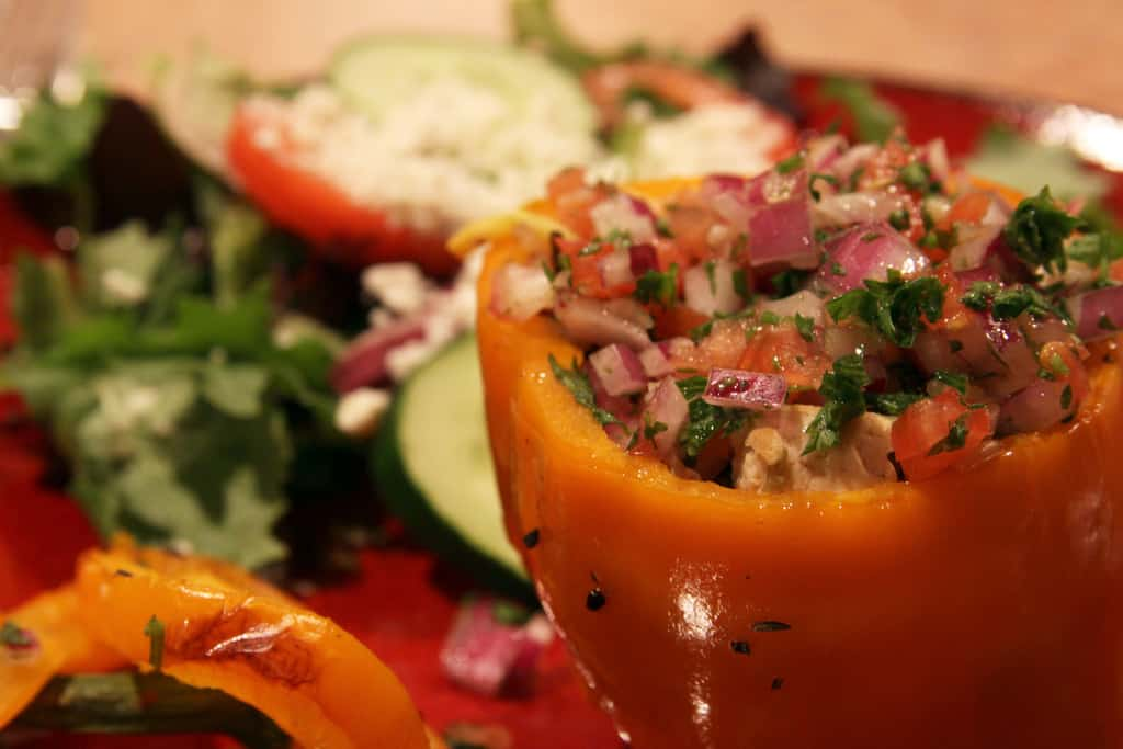 vegan stuffed peppers - Vegan Stuffed Peppers With Thai Sauce