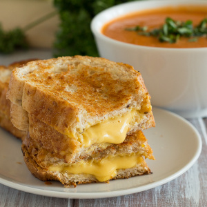 grilled cheese and tomato soup 2