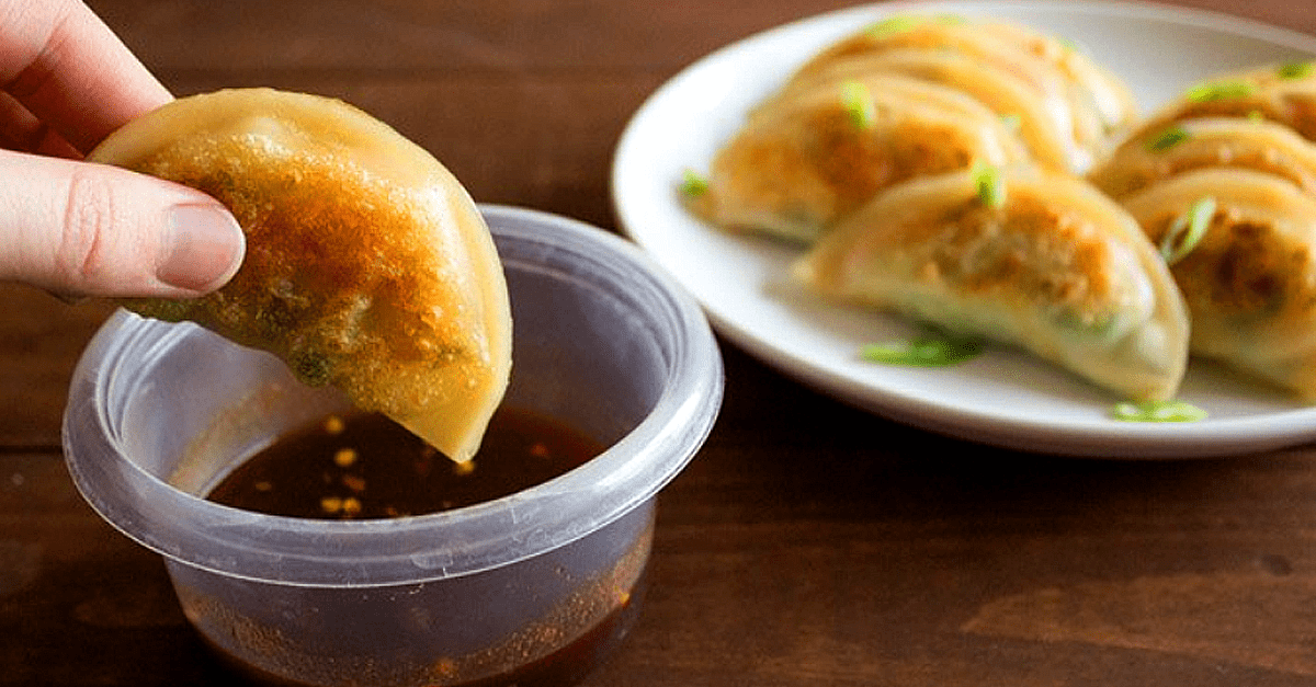 vegan veggie potstickers with dipping sauce - Vegan Potstickers with Spicy Dipping Sauce