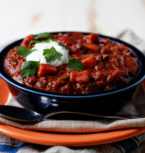 how to make vegan slow cooker quinoa sweet potato black bean chili 285x300 - Vegan Quinoa, Sweet Potato, and Black Bean Chili