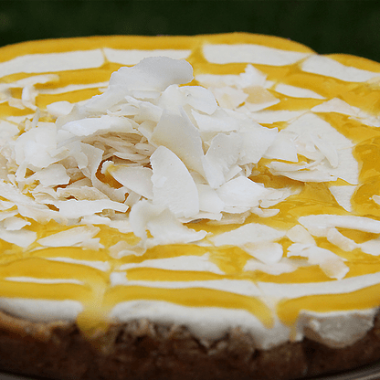 how to make vegan raw cashew cheesecake with mango coulis