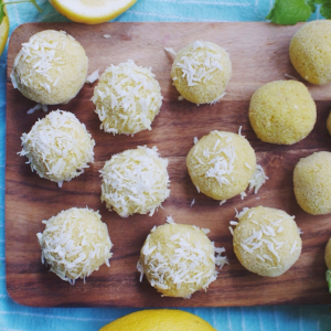 how to make vegan raw lemon bites with coconut and baobab
