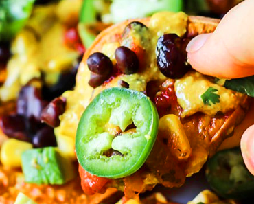 Vegan loaded Nacho recipe 370x297 - Vegan Loaded Nachos