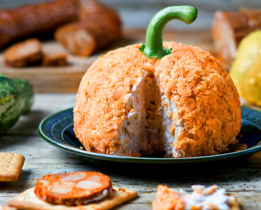 vegan cheese pumpkin 370x297 - Vegan Pumpkin Cheese Ball
