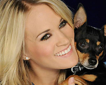 carrie underwood not vegan 370x297 - Carrie Underwood Isn't Vegan So Why Does She Say She Is?