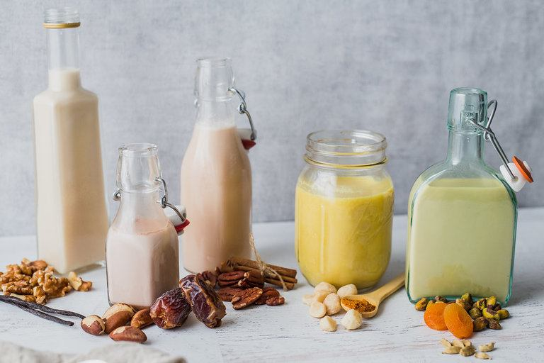 5 Heavenly Home-Made Flavors for Your Nut Milks