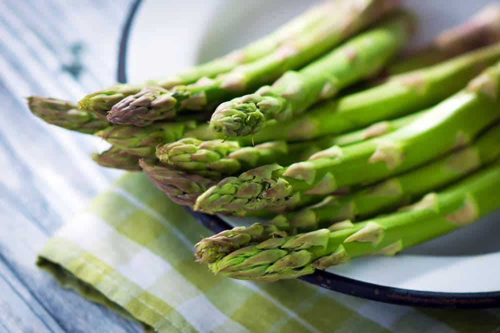 asparagus stalks depicting a rich vegan source of amino acid